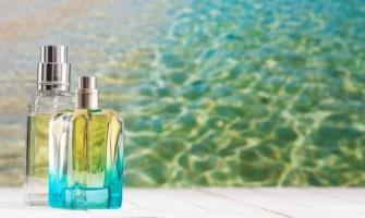 Baştan Beri Yanlış Biliyormuşuz! Parfümü Vücudumuzun Hangi Noktalarına Sıkmalıyız?